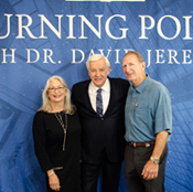 Dr. David Jeremiah Photo Opportunity