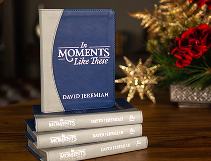 In Moments Like These Devotional 4-Pack